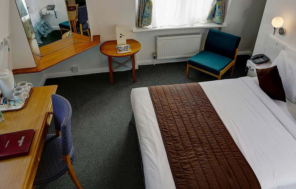 stade court hotel interior rooms
