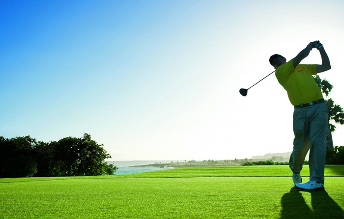 golf course offers